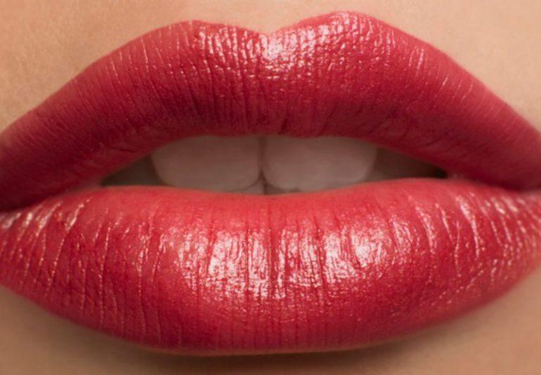come gonfiare le labbra